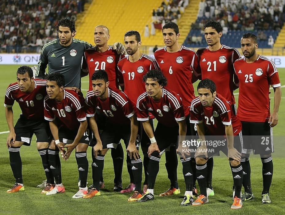 Egypt-2012-adidas-first-kit-red-black-black-line-up.jpg