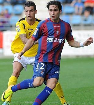 Eibar-13-14-Astore-home-kit.JPG
