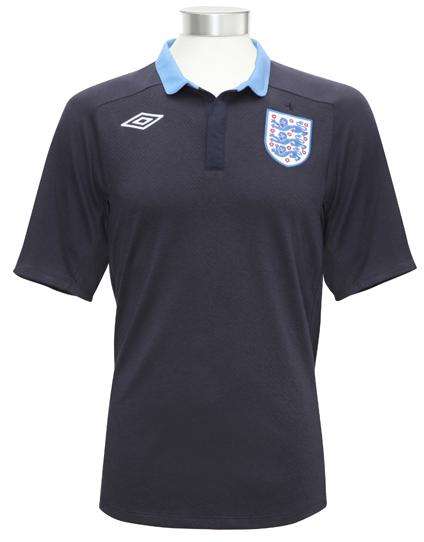 England-11-12-UMBRO-new-away-shirt-2.JPG