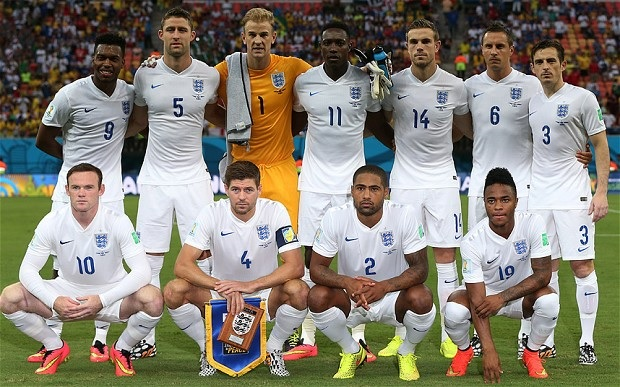 England-14-15-home-kit-white-white-white-line-up.jpg