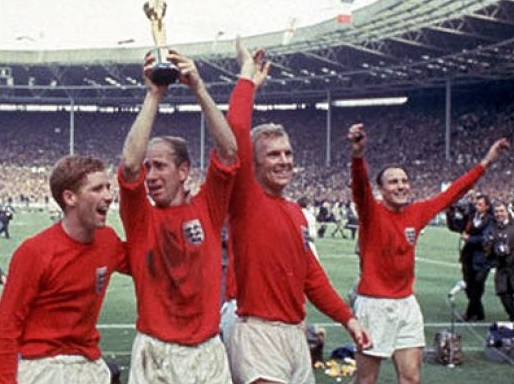 England-1966-world-cup-away-kit-red-white-red-victory.jpg