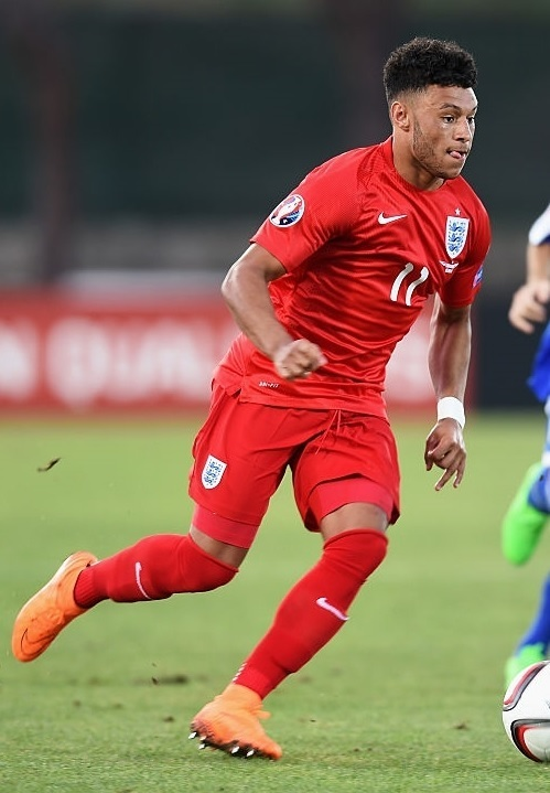 England-2015-NIKE-away-kit-red-red-red.jpg
