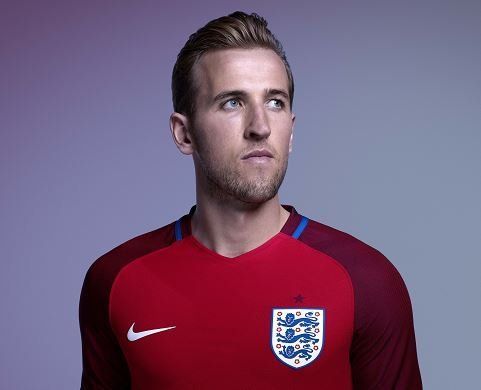 England-2016-NIKE-Euro-new-away-kit-3.jpg