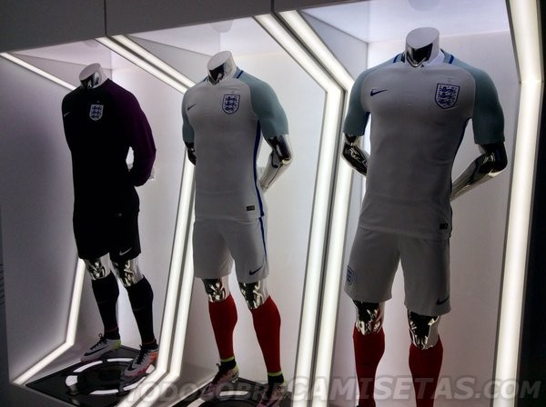 England-2016-NIKE-Euro-new-kit-4.jpg