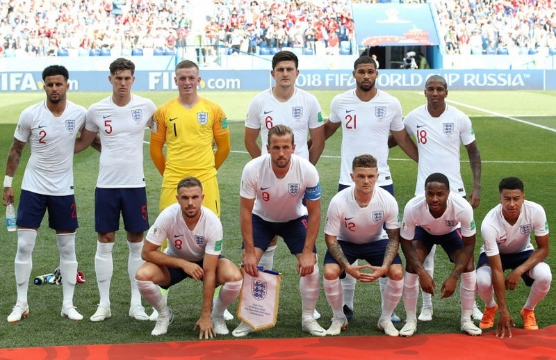 England-2018-NIKE-world-cup-home-kit-white-navy-white-line-up.jpg