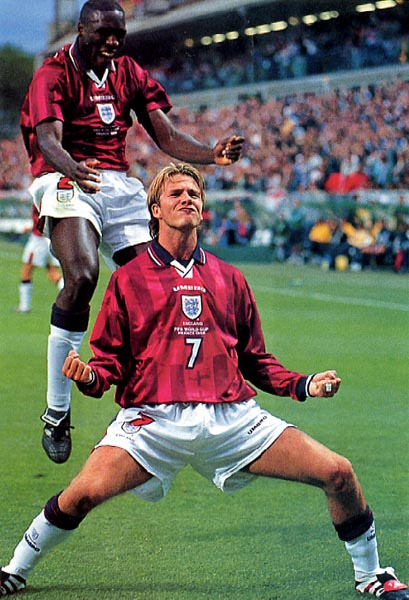 England-98-UMBRO-uniform-red-white-white.JPG