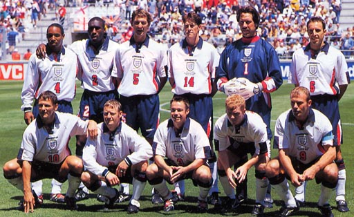 England-98-UMBRO-uniform-white-navy-white-group.JPG