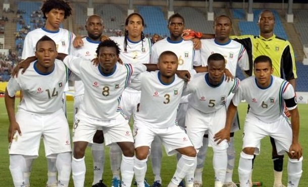 Equatorial-Guinea-11-BROKAL-away-kit-white-white-white-line-up.jpg