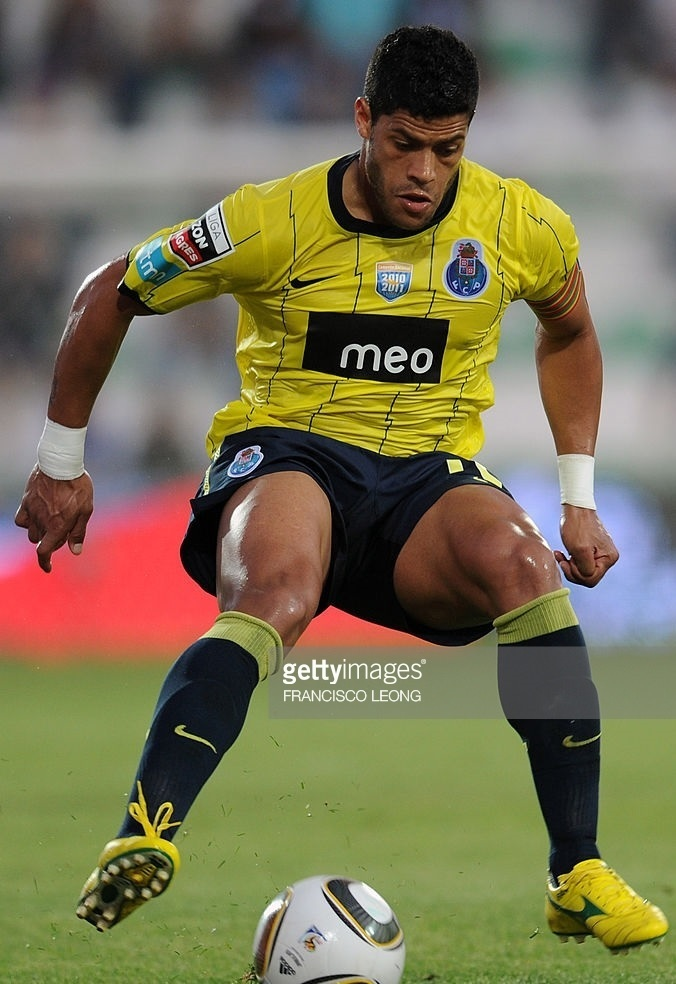 FC-Porto-2010-11-NIKE-away-kit.jpg