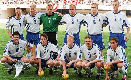 Finland-98-01-adidas-home-kit-white-blue-white-line-up.jpg