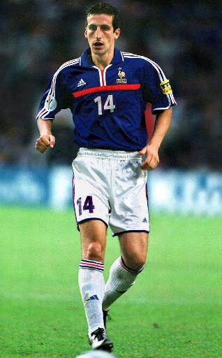 France-00-01-adidas-uniform-blue-white-white.JPG