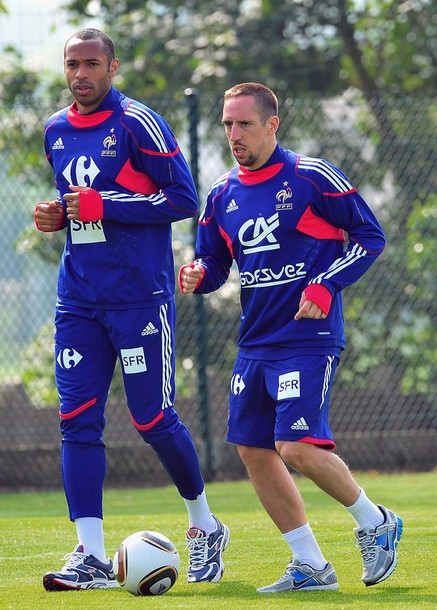 France-10-adidas-training-blue.jpg