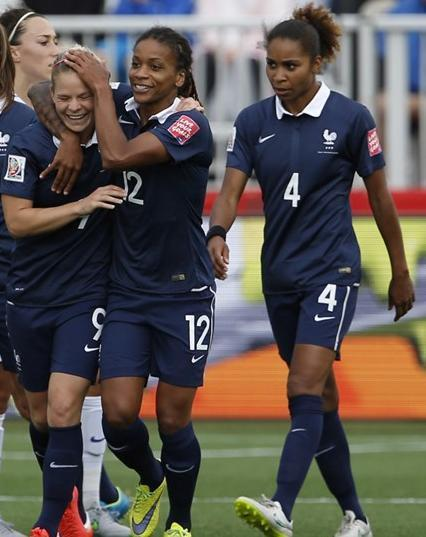 France-2015-NIKE-women-world-cup-home-kit-blue-blue-blue.jpg