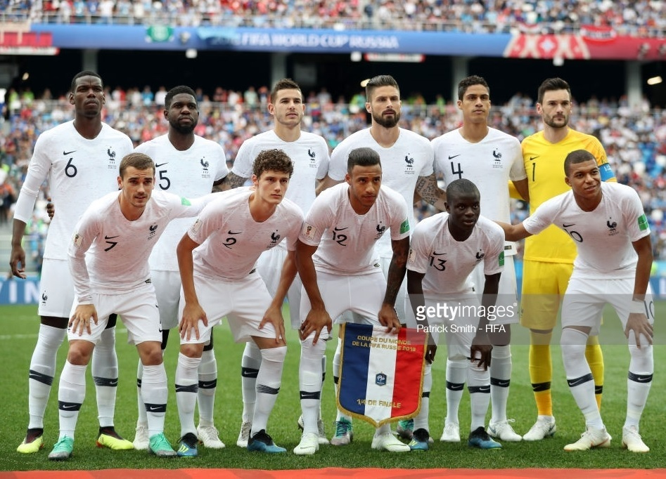 France-2018-NIKE-away-kit-white-white-white-line-up.jpg