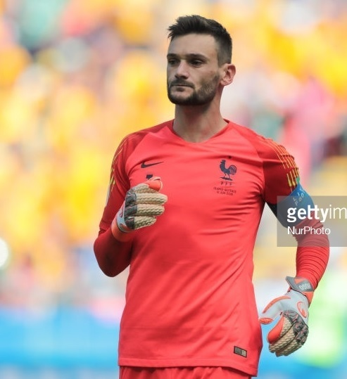 France-2018-NIKE-world-cup-GK-kit-pink-pink-pink.jpg
