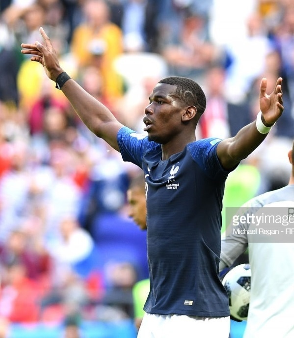 France-2018-NIKE-world-cup-home-kit-navy-white-navy-Paul-Pogba.jpg