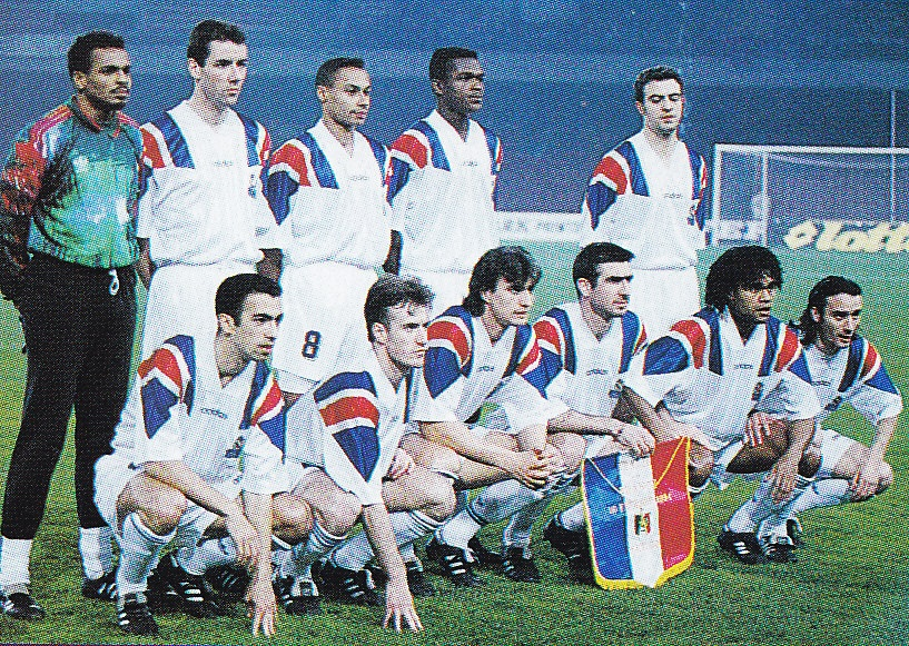 France-93-94-adidas-away-kit-white-white-white-line-up-1994-vsItaly-0-1-Hiroshi-Takahashi.jpg