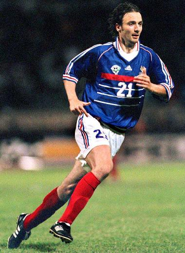 France-98-99-adidas-uniform-blue-white-red.JPG