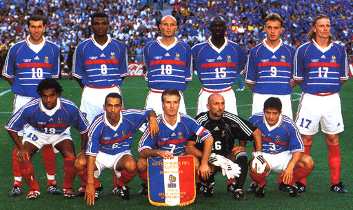 France-98-adidas-WC-blue-white-red-group.JPG