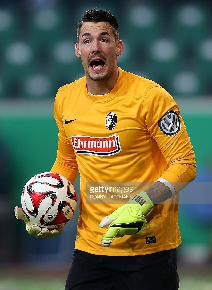 Freiburg-2014-15-NIKE-GK-home-kit.jpg