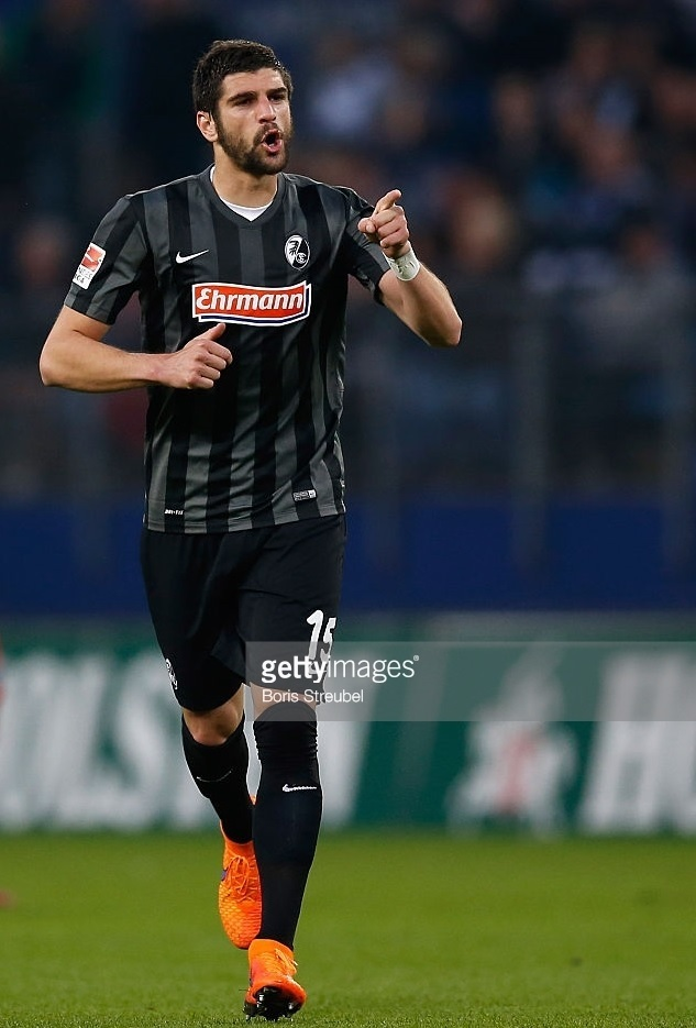 Freiburg-2014-15-NIKE-third-kit.jpg