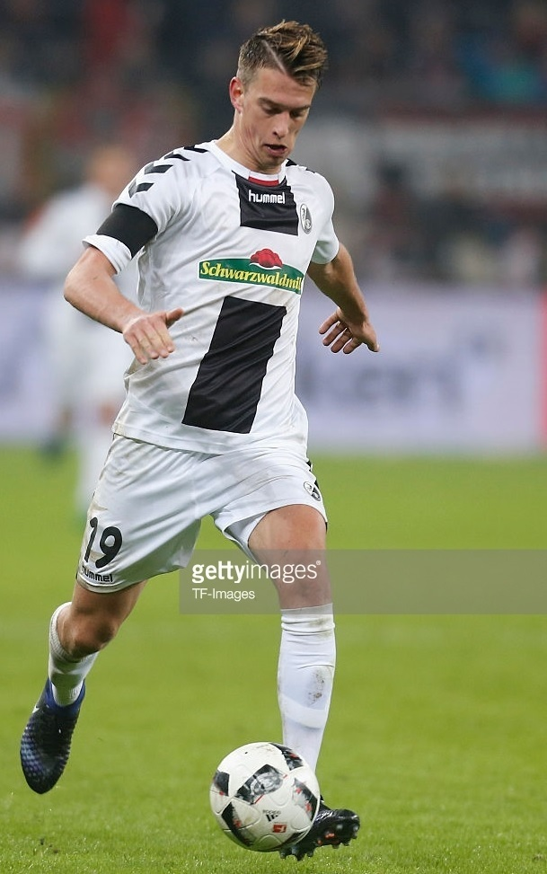 Freiburg-2016-17-hummel-away-kit.jpg