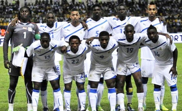 Gabon-11-PUMA-away-kit-white-white-white-line-up.jpg