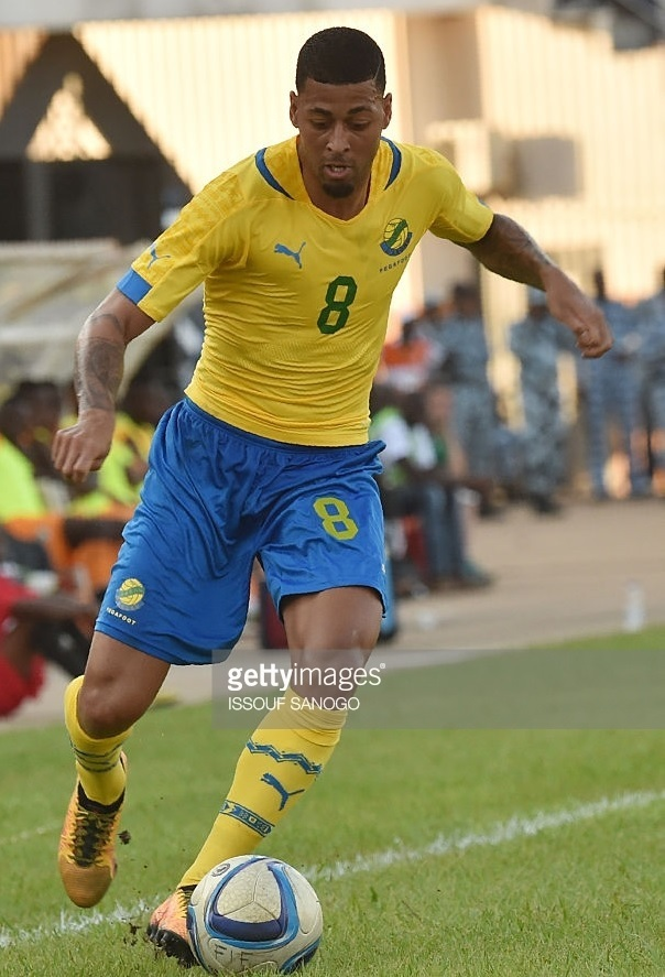 Gabon-2014-16-PUMA-home-kit-yellow-blue-yellow.jpg
