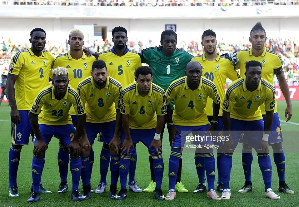 Gabon-2017-adidas-home-kit-yellow-blue-blue-line-up.jpg