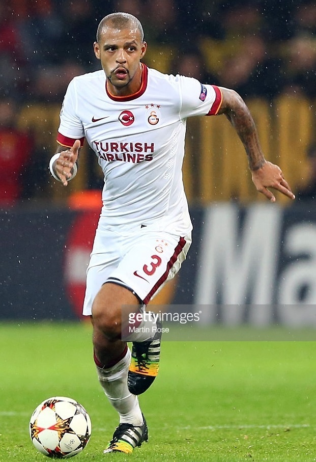 Galatasaray-2014-15-NIKE-away-kit-Felipe-Melo.jpg