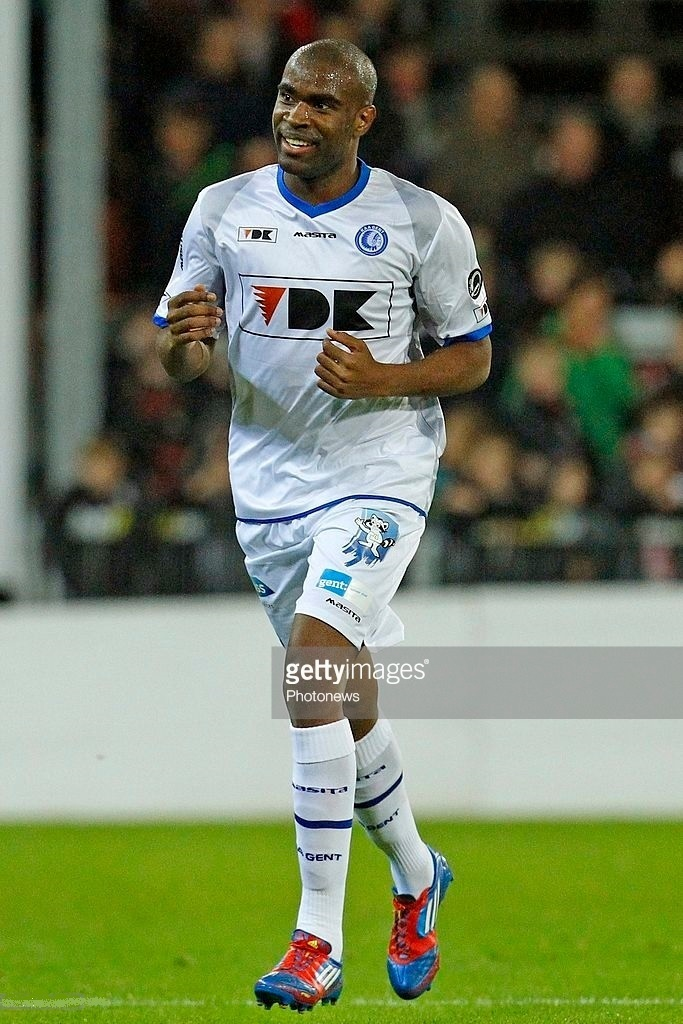 Gent-2013-14-MASITA-away-kit.jpg