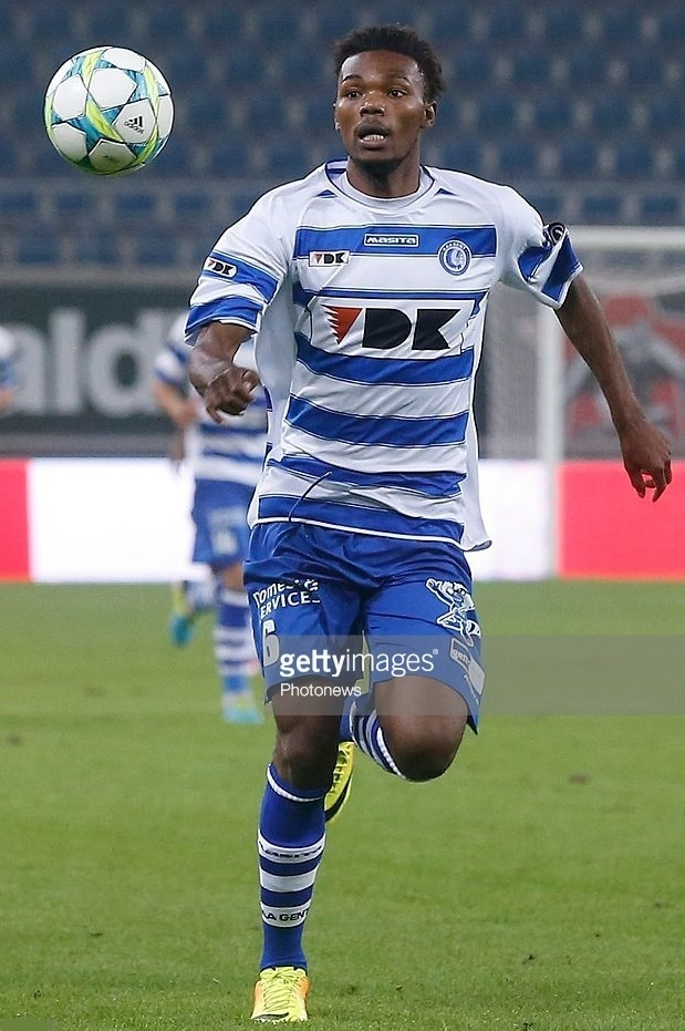 Gent-2013-14-MASITA-home-kit.jpg