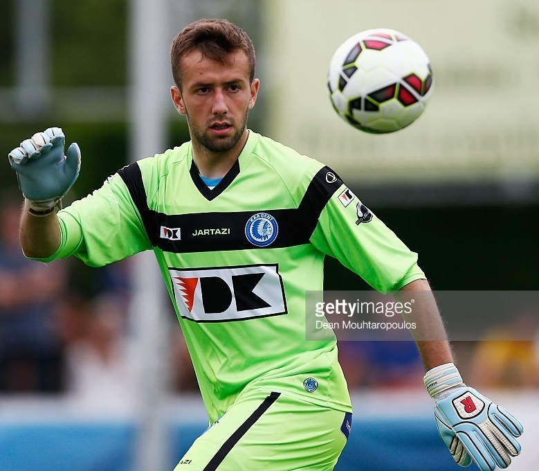 Gent-2015-16-JARTAZI-GK-third-kit.jpg
