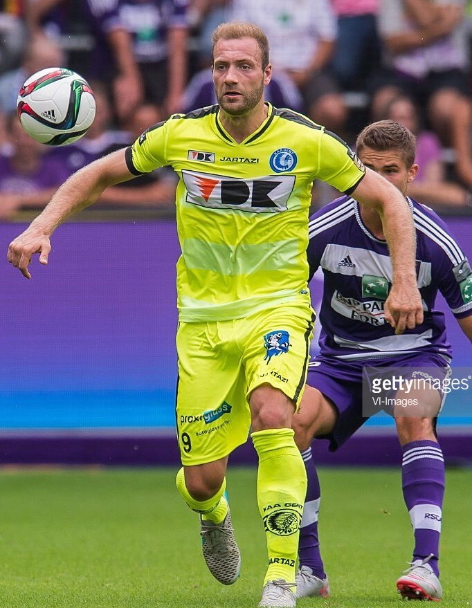 Gent-2015-16-JARTAZI-third-kit.jpg