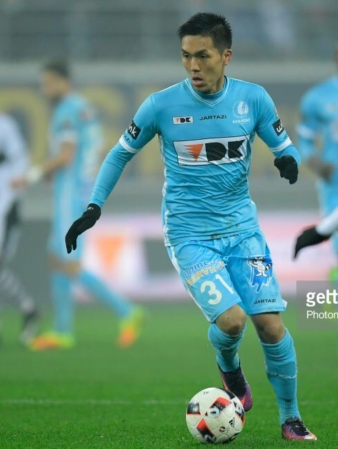 Gent-2016-17-JARTAZI-away-kit-Yuya-Kubo.jpg