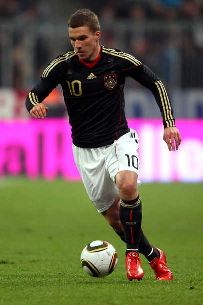 Germany-10-11-adidas-home-uniform-black-white-black.jpg