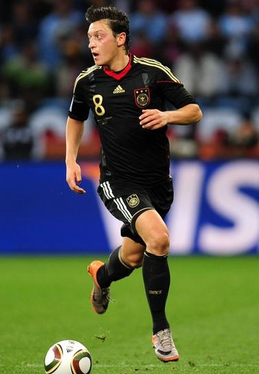 Germany-10-adidas-World-Cup-away-kit-black-black-black-techfit-2.JPG