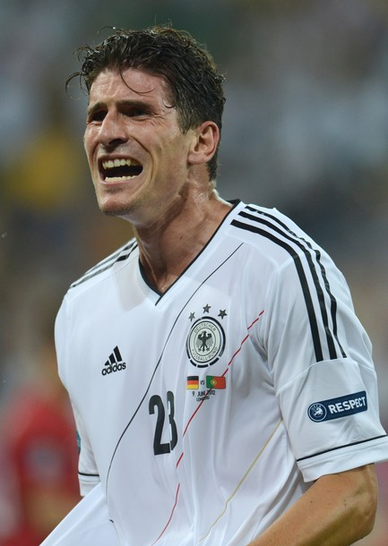 Germany-12-13-adidas-home-kit-flag-print-white-black-white-chest-up.jpg