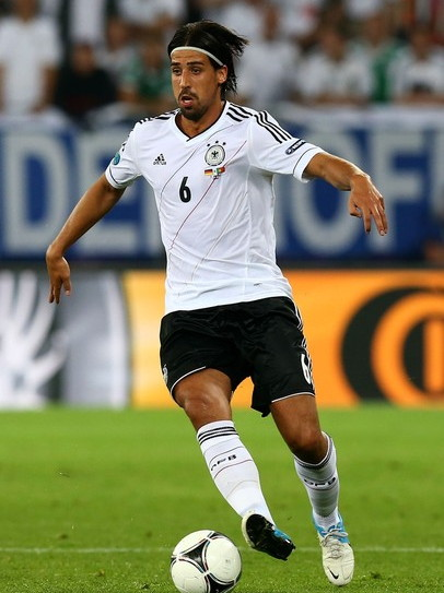 Germany-12-13-adidas-home-kit-flag-print-white-black-white-formotionn.jpg