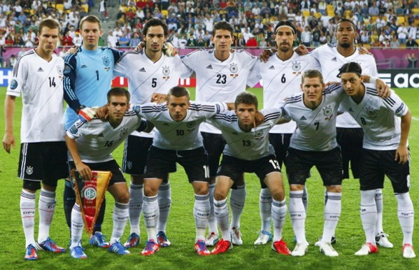 Germany-12-13-adidas-home-kit-flag-print-white-black-white-line-up.jpg
