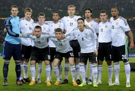 Germany-12-13-adidas-home-kit-white-black-white-line-up.jpg