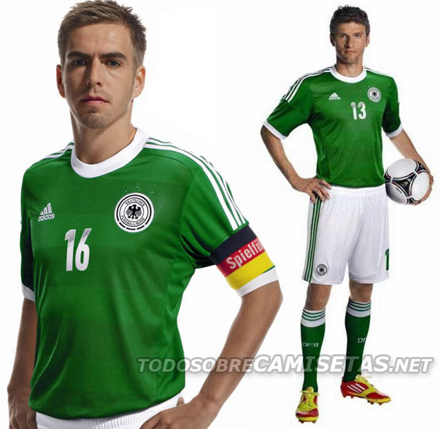 Germany-12-13-adidas-new-away-kit-13.jpg