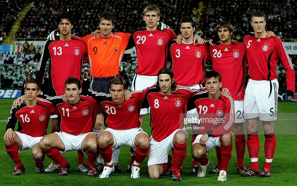 Germany-2006-07-adidas-away-kit-red-white-red-line-up.jpg