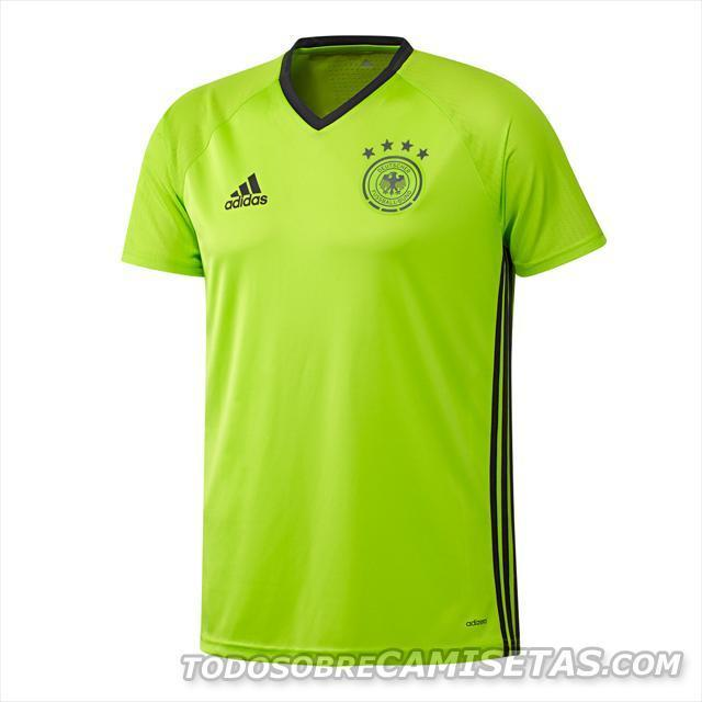Germany-2016-adidas-new-Training-kit-3.JPG