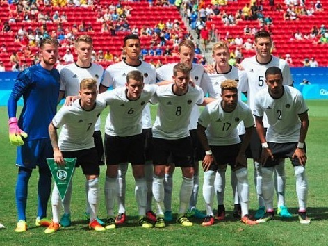 Germany-2016-adidas-olympic-home-kit-white-black-white-line-up.jpg