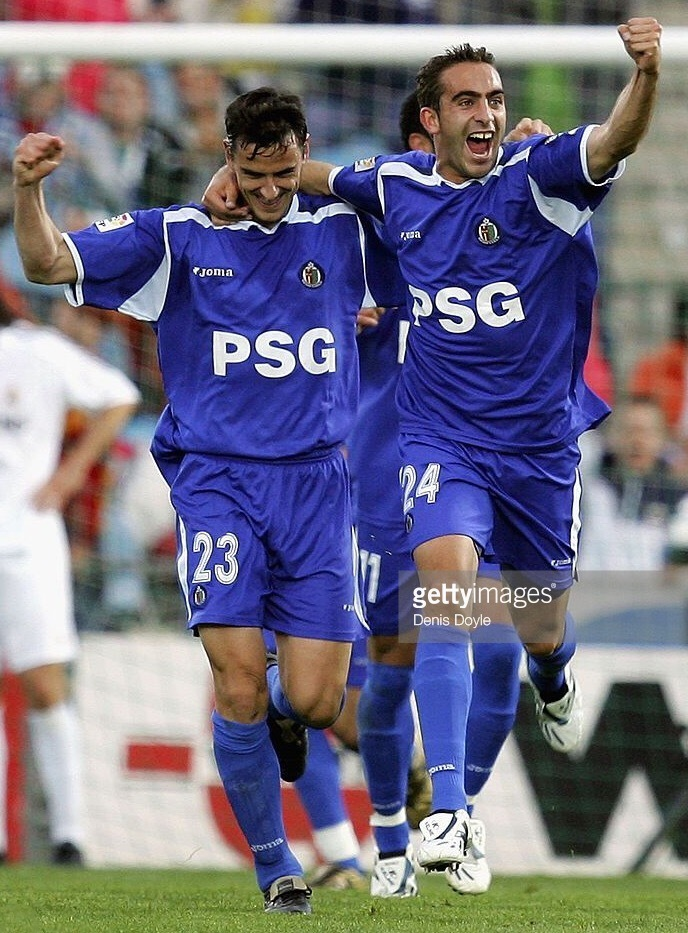 Getafe-2005-06-Joma-home-kit.jpg