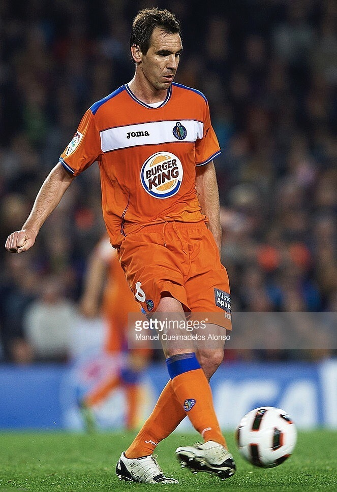 Getafe-2010-11-Joma-away-kit.jpg