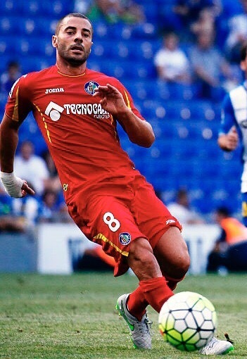 Getafe-2015-16-Joma-away-kit.jpg