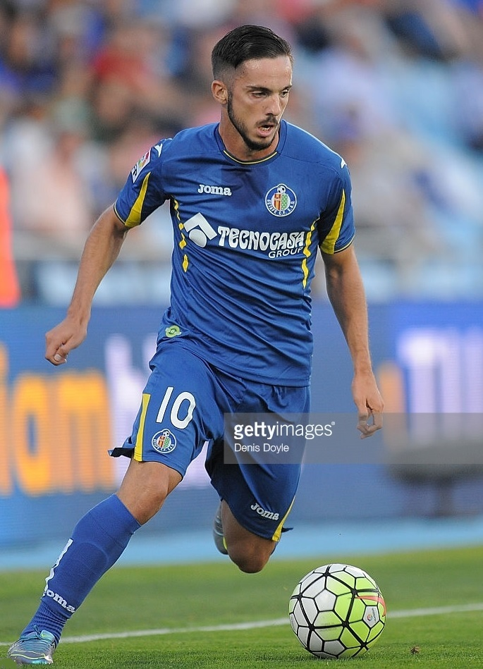 Getafe-2015-16-Joma-home-kit.jpg