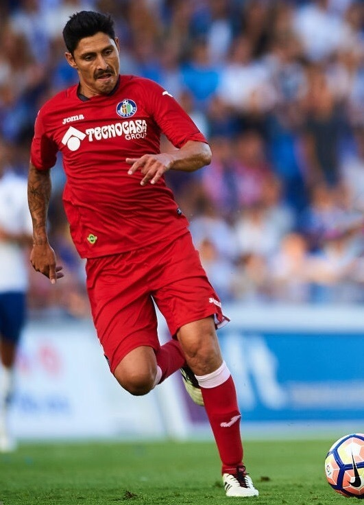 Getafe-2016-17-Joma-away-kit.jpg